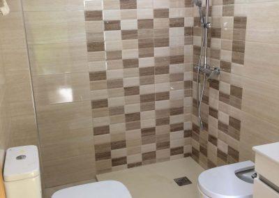 Reforma baño de piso en La Cala