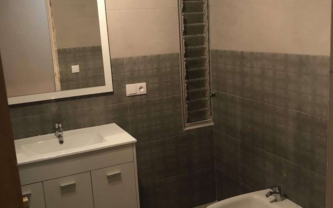 Reforma baño en Edif. Entrenaranjos